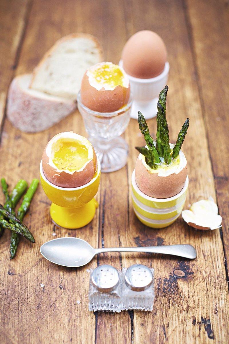 #RecipeOfTheDay is @KerryannGoonerD's dippy eggs & asparagus soldiers – kids love it! https://t.co/MH4rtz944o https://t.co/XMM9zrjkwc