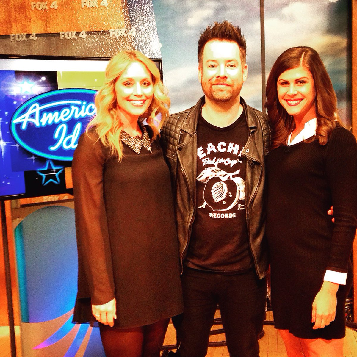 Great meeting you @thedavidcook Thanks for stopping by @fox4kc this morning! https://t.co/fcPkielyk6