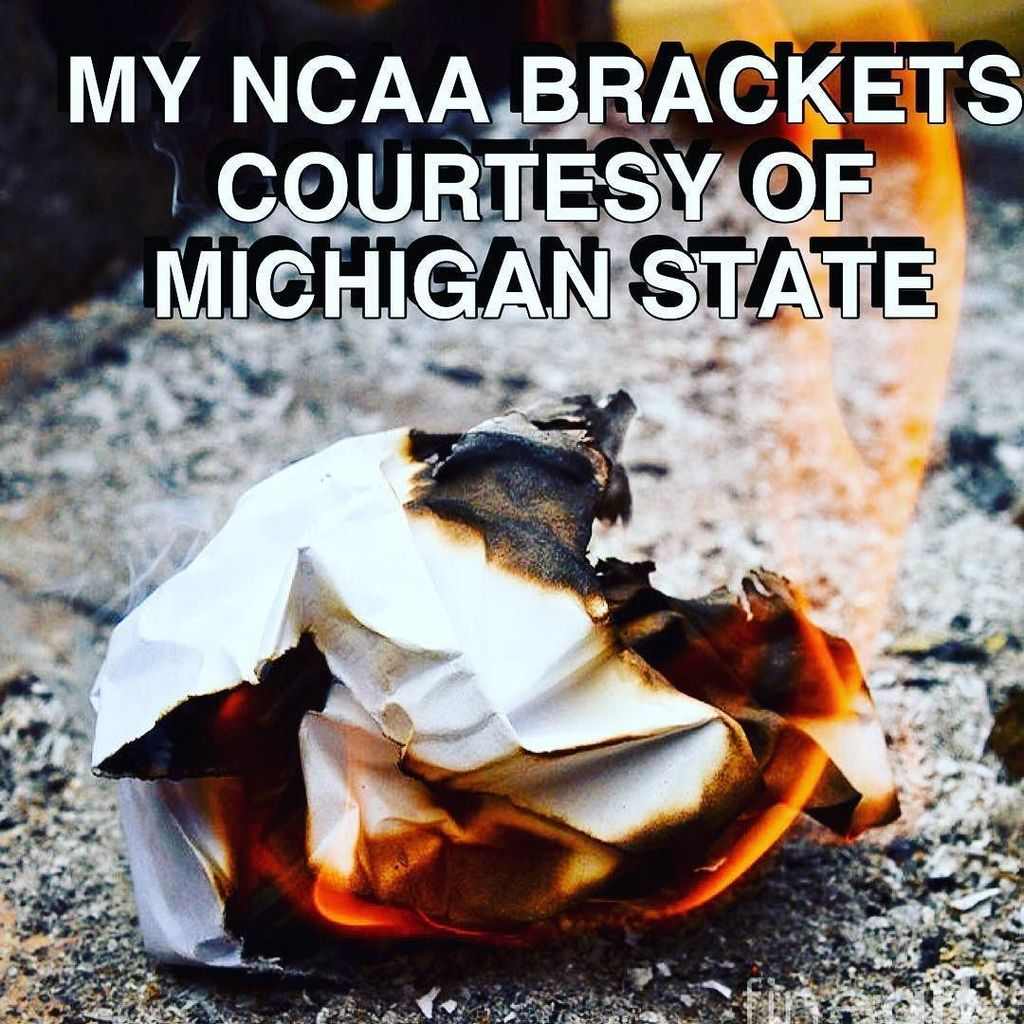 Really?? #NCAA #MarchMadness https://t.co/hQLTh01cPf https://t.co/tjGtY1zoGU