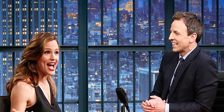 Jennifer Garner lets Seth Meyers in on a key parenting secret