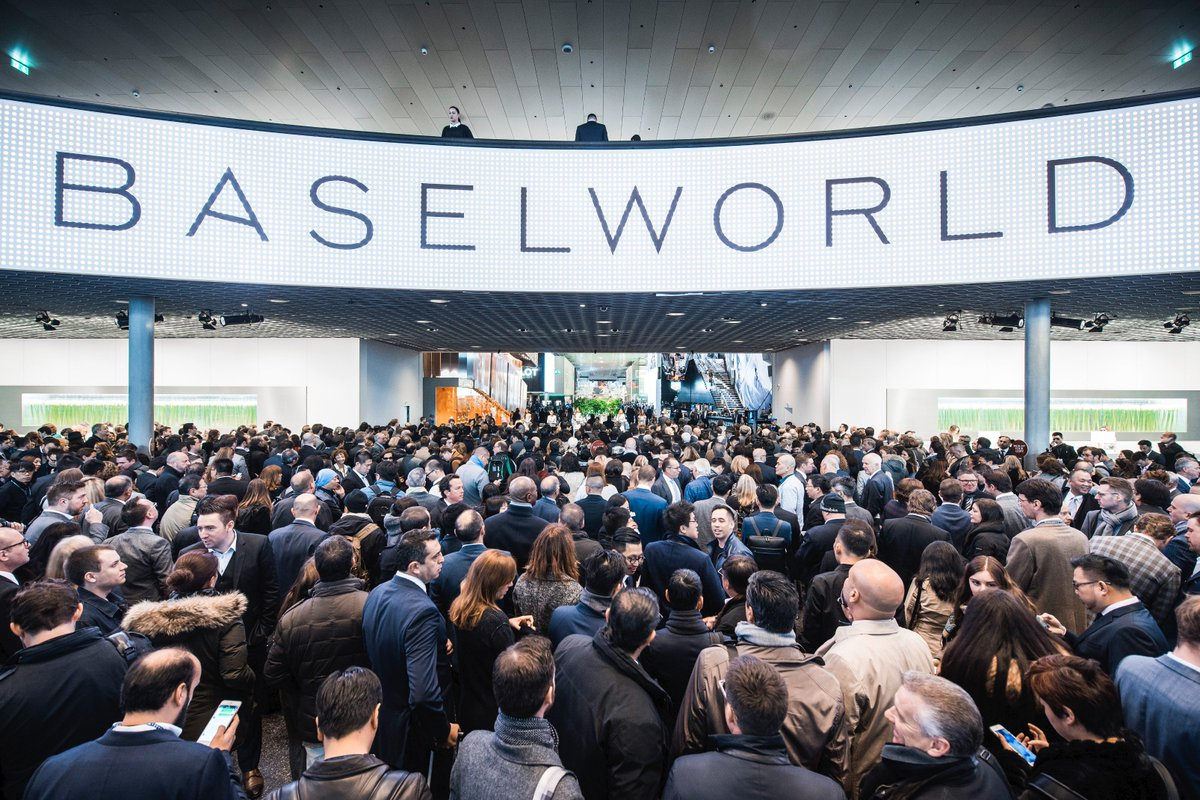 Some symbolic snapshots of an amazing Baselworld 2016 start! https://t.co/M0pdJK0mb1