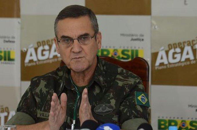 Comandante do Exército Brasileiro chama de 'lamentável' clamor por intervenção militar https://t.co/SvFOHJlRCK https://t.co/wQzg7GRzZY