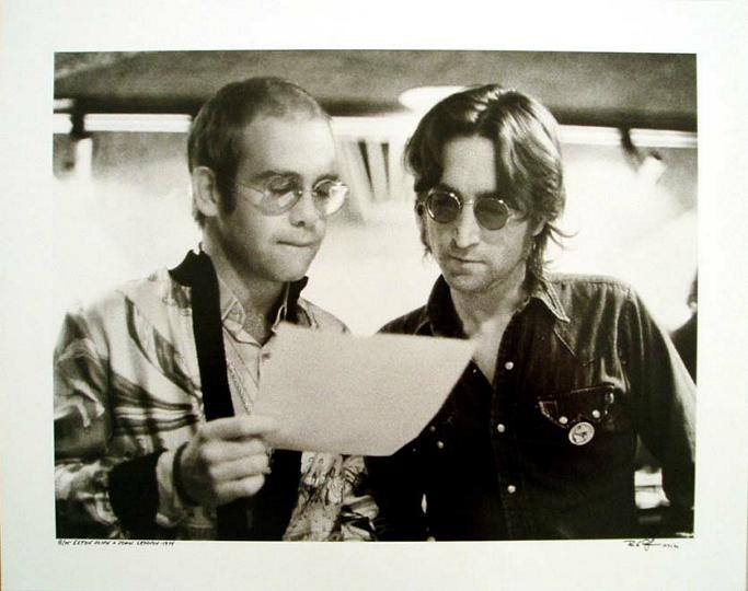Elton John & John Lennon at a New York Record Plant in 1972. #Photo by: Bob Gruen. #Music #History https://t.co/Iz6W8ASn4d... V @HellInSpace