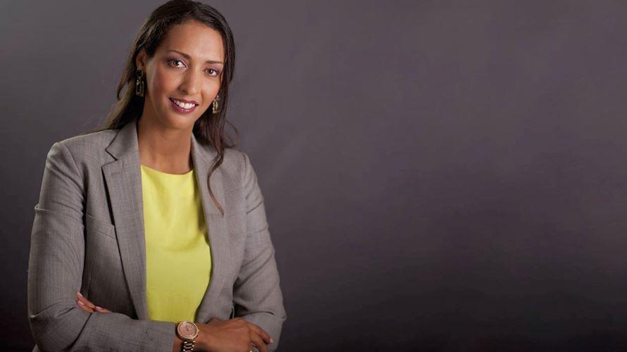 Cabo Verde pode ser o primeiro país lusófono a ter uma mulher como primeiro-ministro https://t.co/cxEmBPlBXw https://t.co/T6hUrsQK8Z