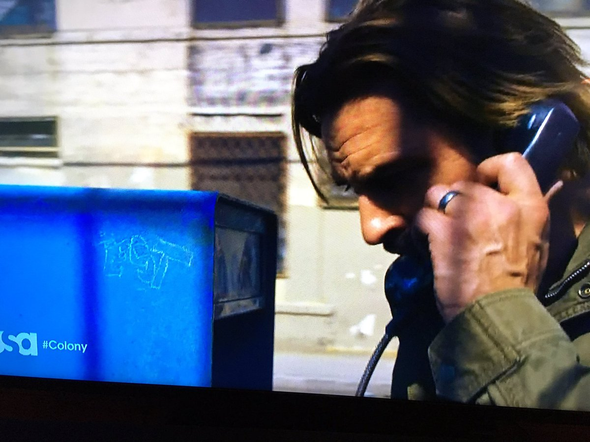 Nice #LOST graffiti scratched into the phone booth on the season finale of #Colony.
