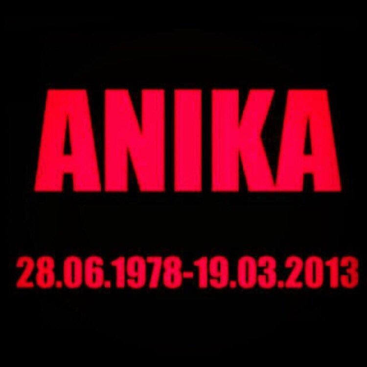 RIP my sweet sister!!! Raising her 3 boys brings so much joy to my life ;-) Love you Anika ❤️❤️❤️❤️❤️❤️❤️ https://t.co/ZkdCfDBUjq