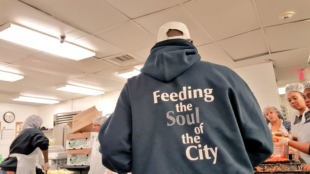 Feeding the soul of the city.   @broccolicity x @dccentralkitchen #volunteersruntheworld #powerofone https://t.co/tllZHoO5jI