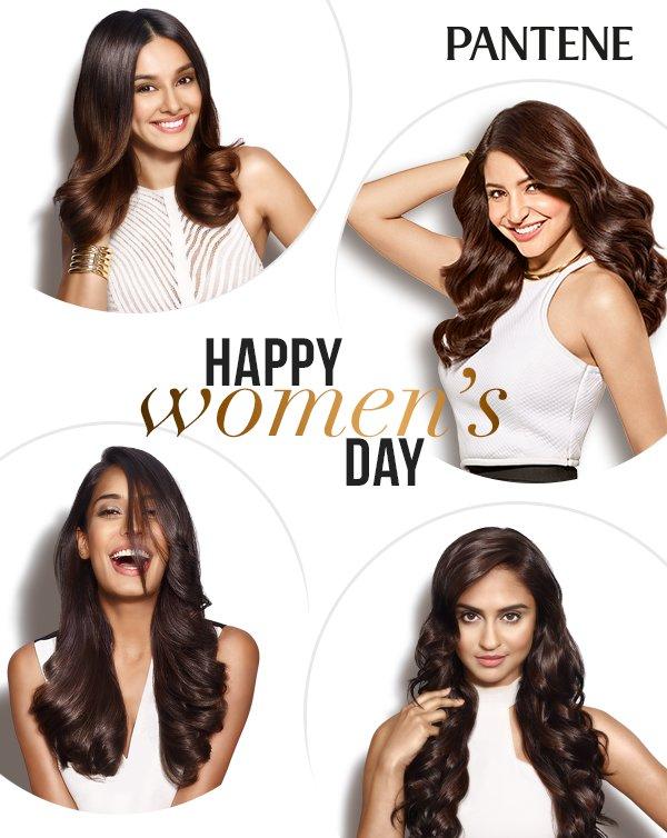 More power to our girl squad! #InternationalWomensDay @AnushkaSharma @HaydonLisa @krystledsouza @shibanidandekar https://t.co/8aE9hlC4Gl