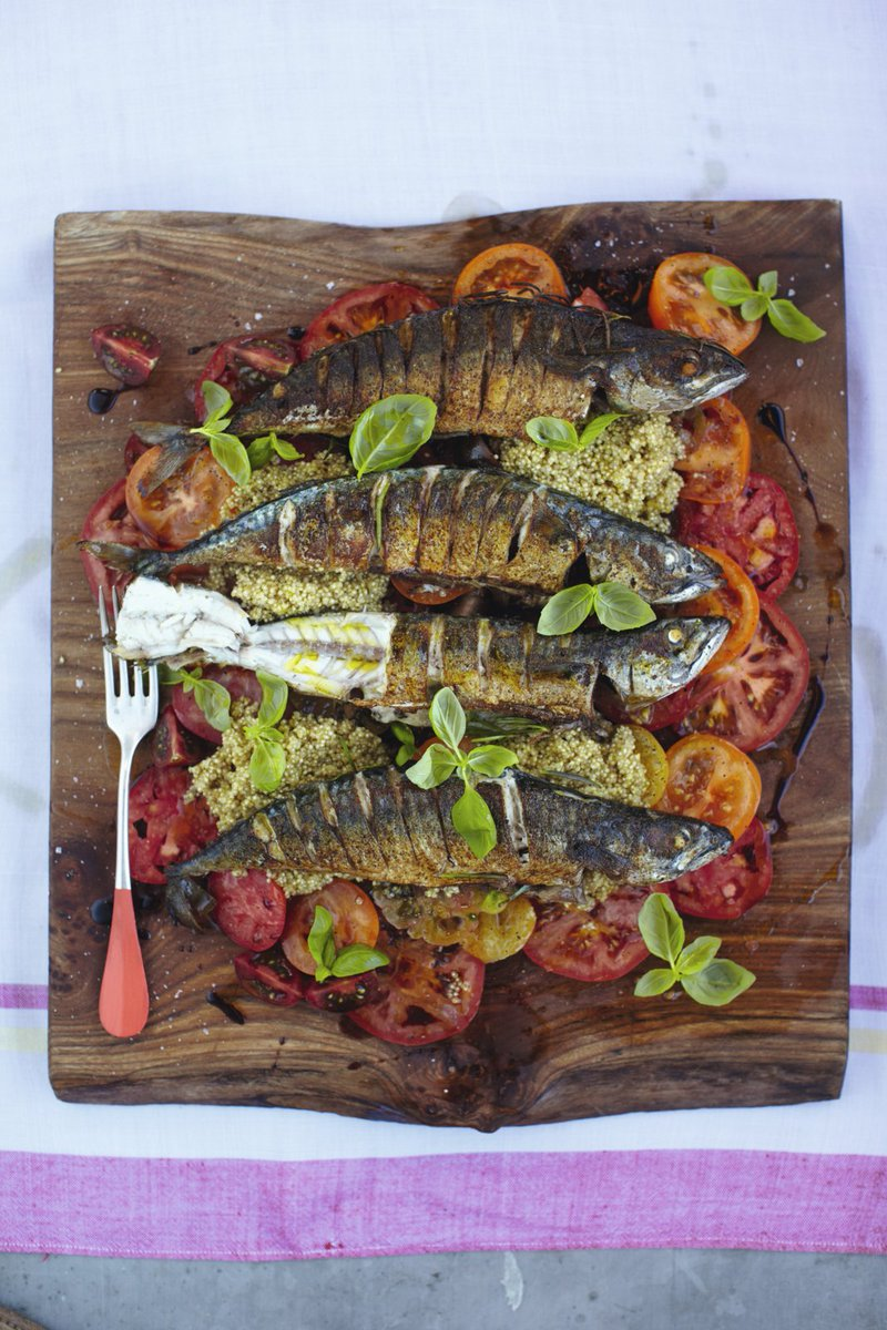 This mackerel is mighty because it's really nutritious & ready in 15 mins! https://t.co/lTLE62n5MQ #RecipeOfTheDay https://t.co/Wg63ee01eG