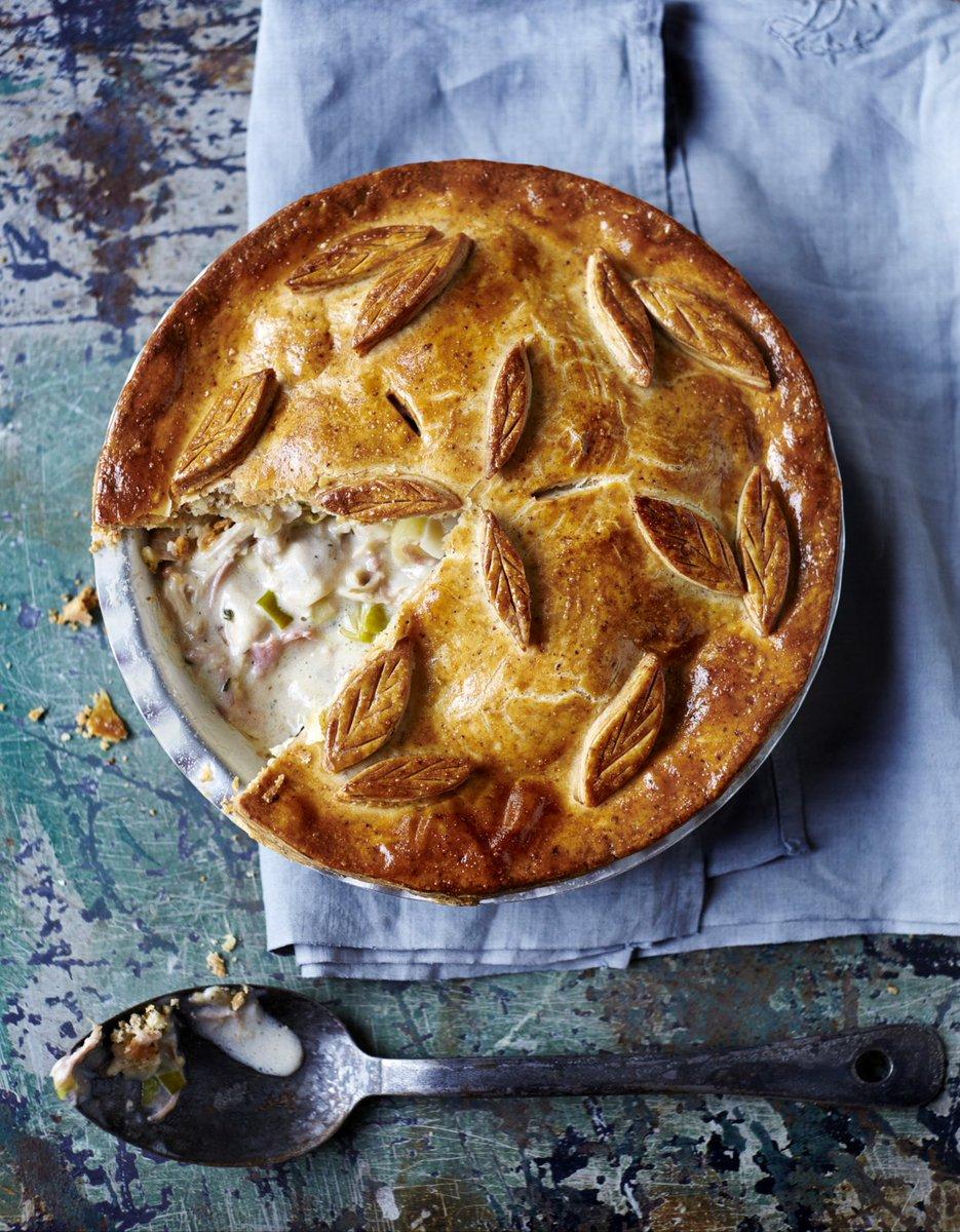 #RecipeOfTheDay - You'd never know this chicken pie was gluten-free! https://t.co/T3XeJHLbMJ #BritishPieWeek https://t.co/xaGRNhHkS2