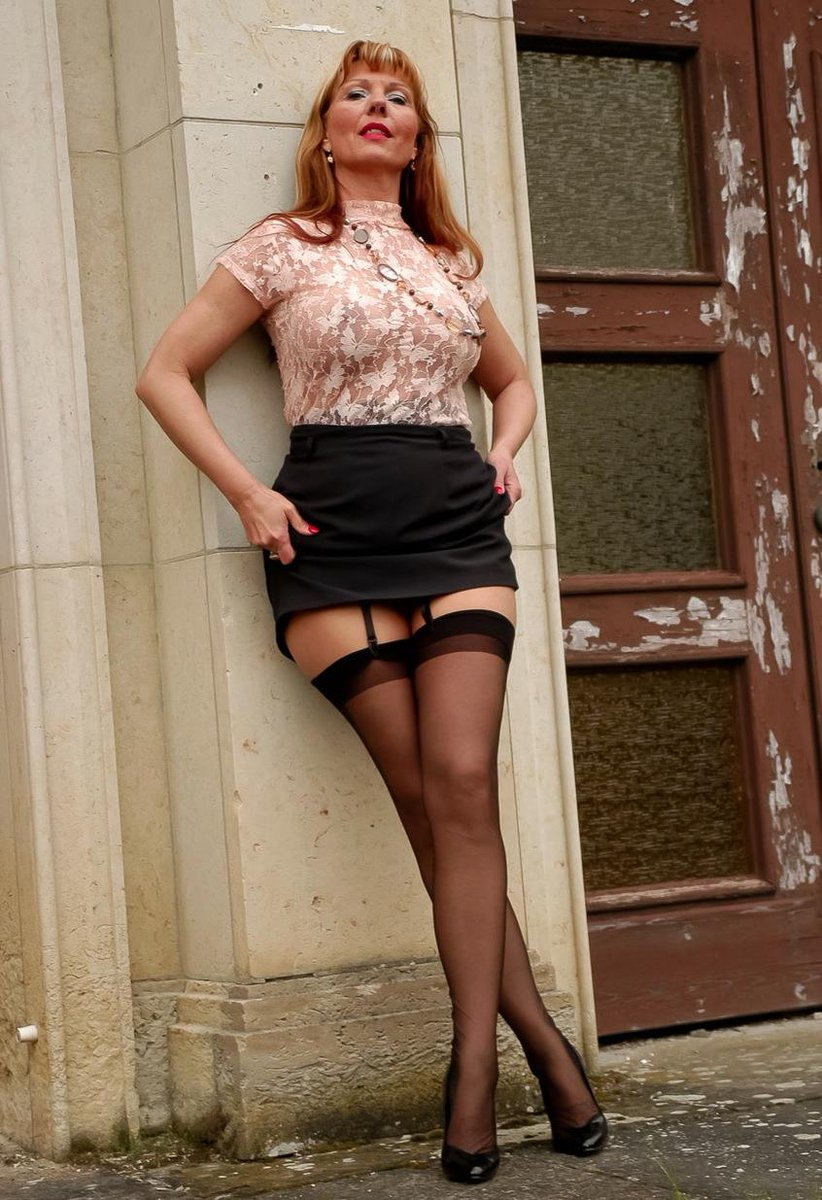 Busty pierced redhead slut posing in stockings outside   1167353