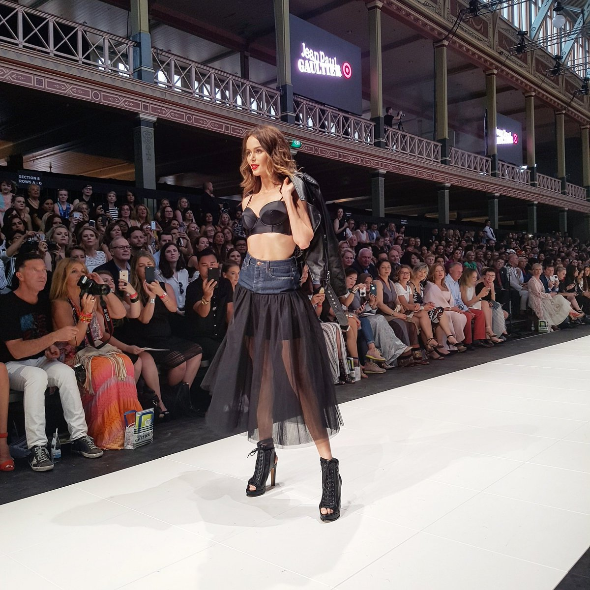 Supermodel @nictrunfio opens the #JPGforTarget Runway show #VAMFF https://t.co/8DhLj2THI7