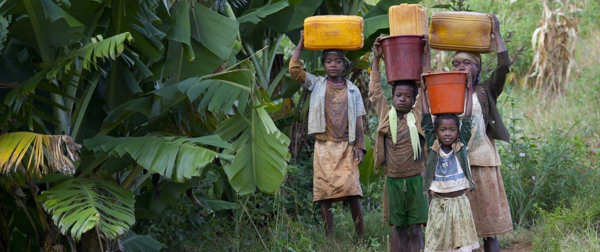 10 things women and girls could be doing instead of collecting water: https://t.co/Ln1Al8czdv #GlobalGoals https://t.co/jzxzalETBw