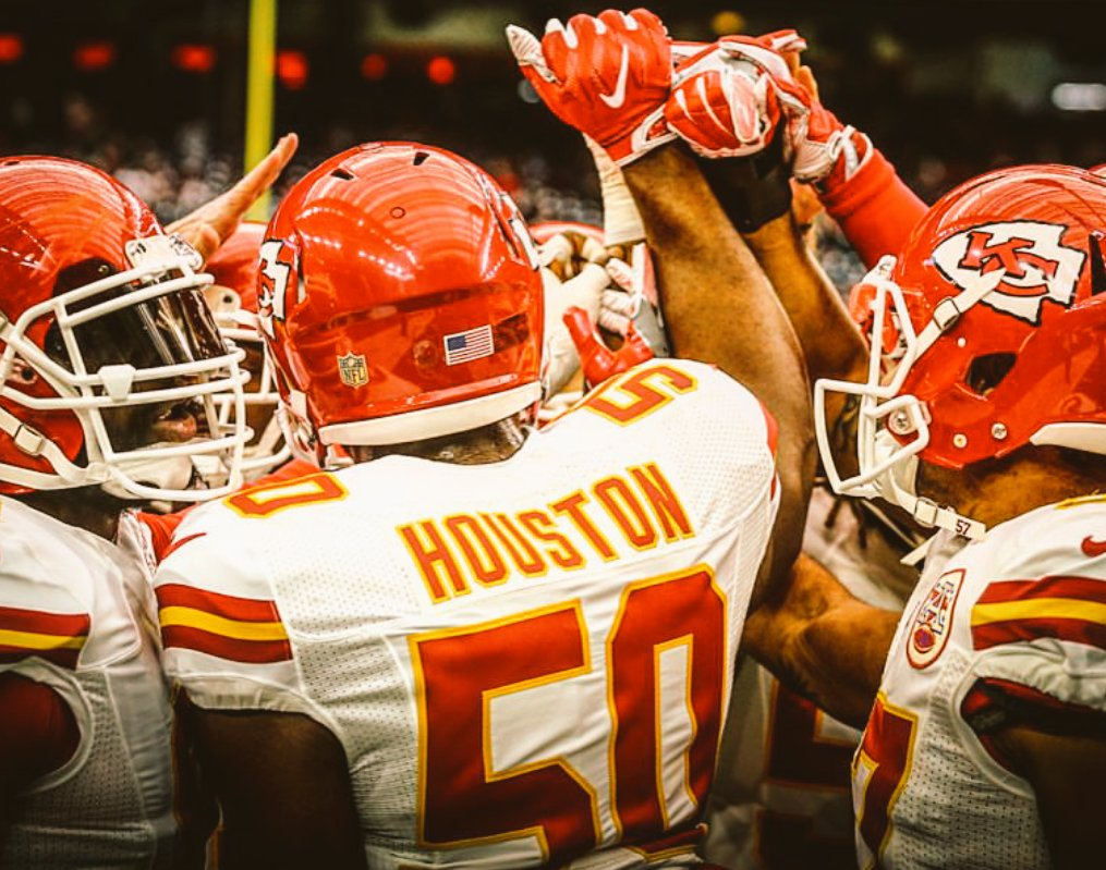 @SeanSMITH24 #FAMILY!  COME BACK AND LETS GO GET THIS RING! #ChiefsKingdom https://t.co/Zk7bHOax5j