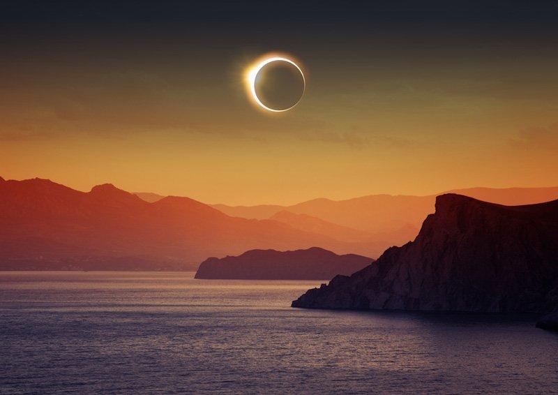 Despues del Eclipse de sol sale la Super Luna,muy cerquita Jupiter,el cielo esta noche ofrece un super espectaculo 🔭 https://t.co/c5TUL3IqSC