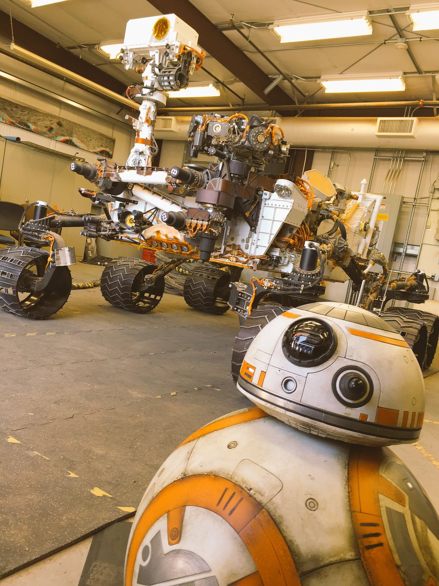 Some days @NASAJPL are a bit more interesting than others ;) https://t.co/ibtqT6CPXl