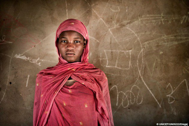 15m girls are married every year. Child marriage is a #humanrights violation and must end! #endchildmarriage https://t.co/7787hymHSO