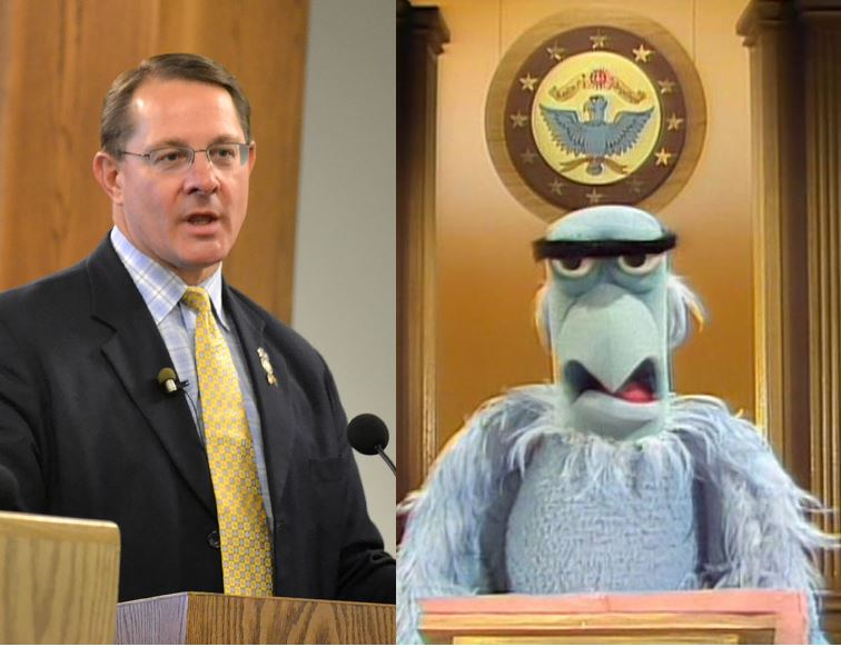 Am I the only one who sees it? #muppetlegislature #utpol https://t.co/7WQWxwNzwb