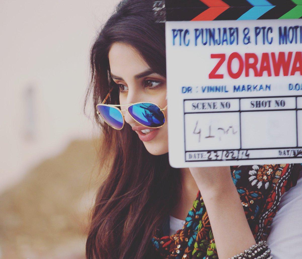 Thank you @purannalwa11 for an amazing shot @VinnilM @PTC_Network @ParulGulatiFC #zorawar #yoyohoneysingh https://t.co/YZOMcYME3x