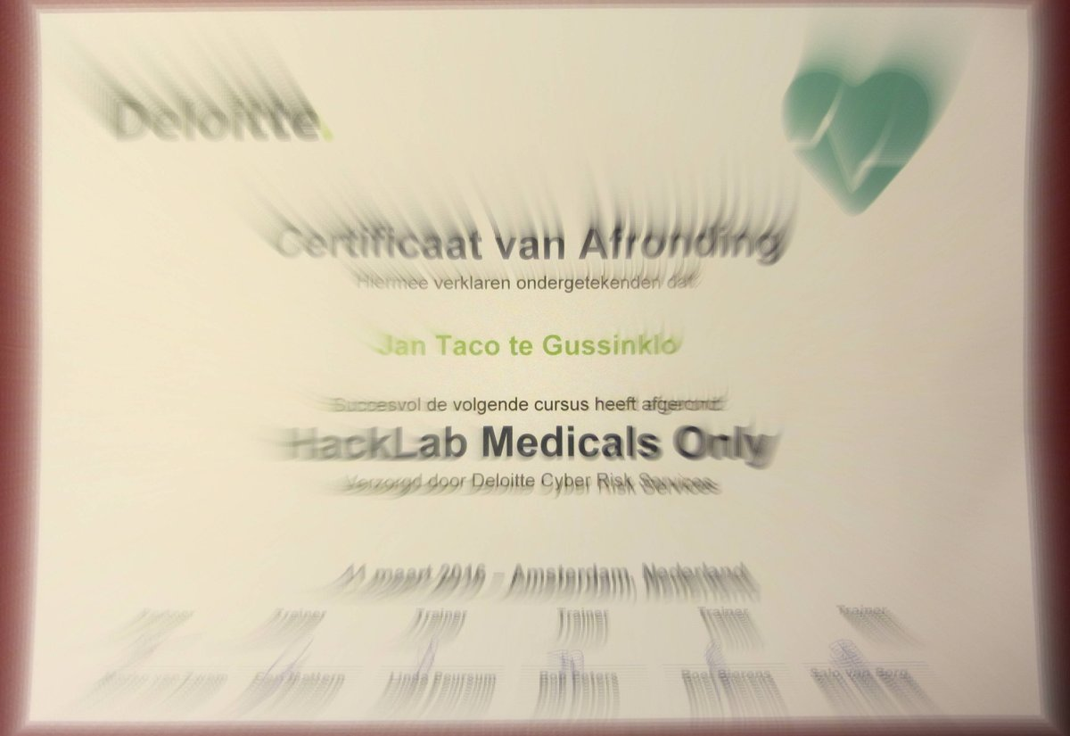 Succesvol Medical HackLAB >innovatie, apps, apparaten, hacking, privacy @markovanzwam @DeloitteNL @Big4now @DutchBW https://t.co/RXBISez4Sn