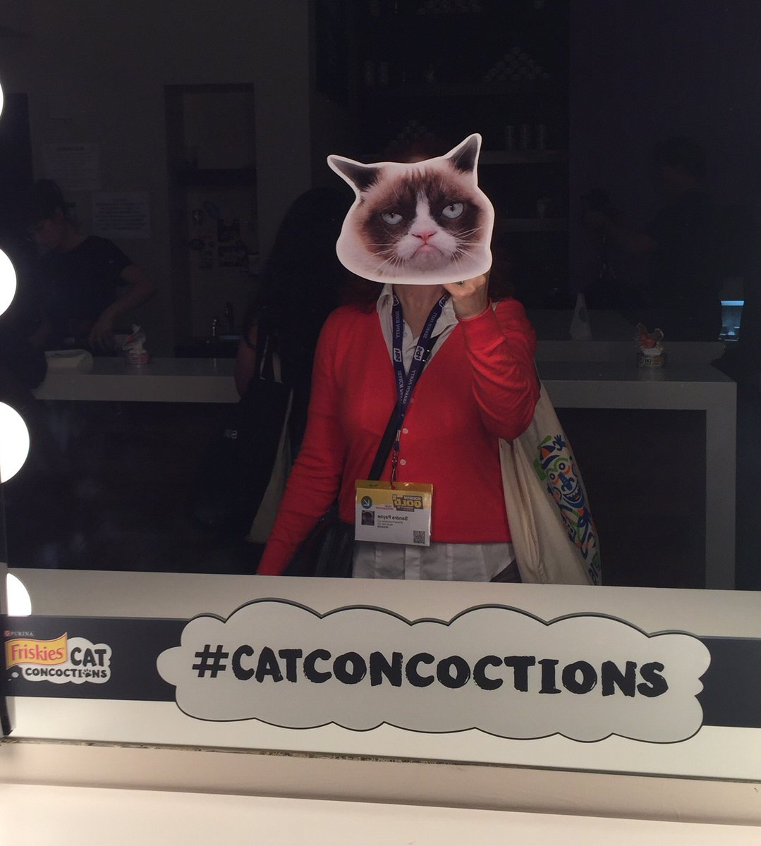 Channeling my inner @RealGrumpyCat at #sxsw! #CatConcoctions https://t.co/Vcp18vscl8