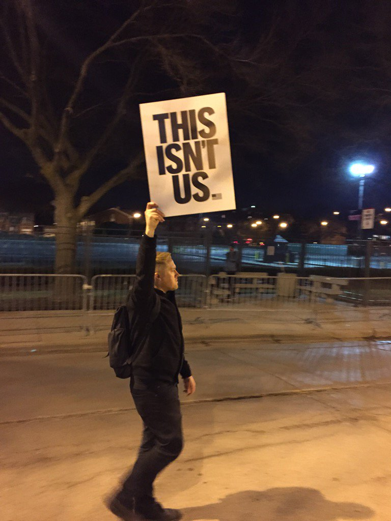 Protestors in Chicago tonight represent the tapestry of this city's diversity: black and white, Hispanics and more. https://t.co/09tUQceaKf