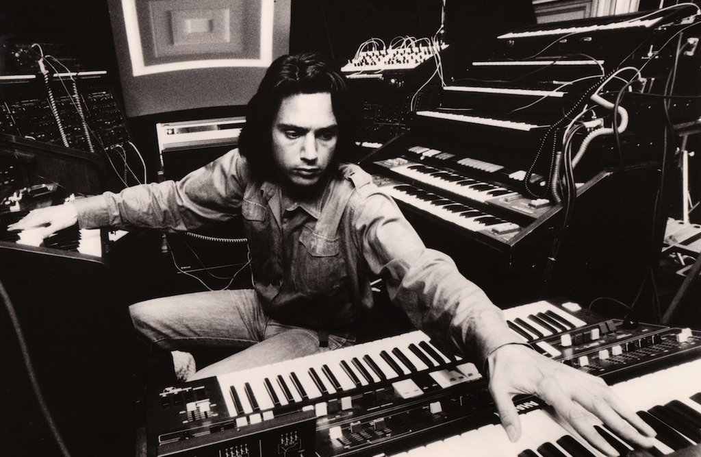 Watch a 1983 documentary on early electronic music: https://t.co/XXNtme66w9 https://t.co/u15ZHtV7AZ