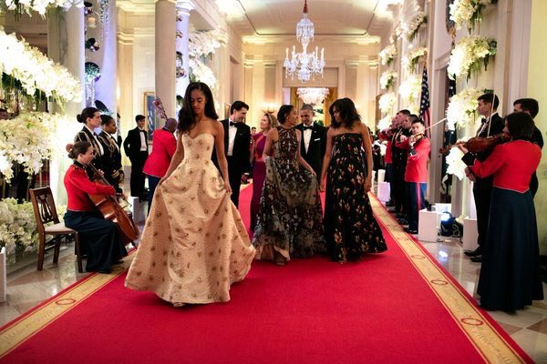 Even if each dress cost $20,000, that's $60,000 that the president had BEFORE he even became the president! https://t.co/7URF1lY8oK