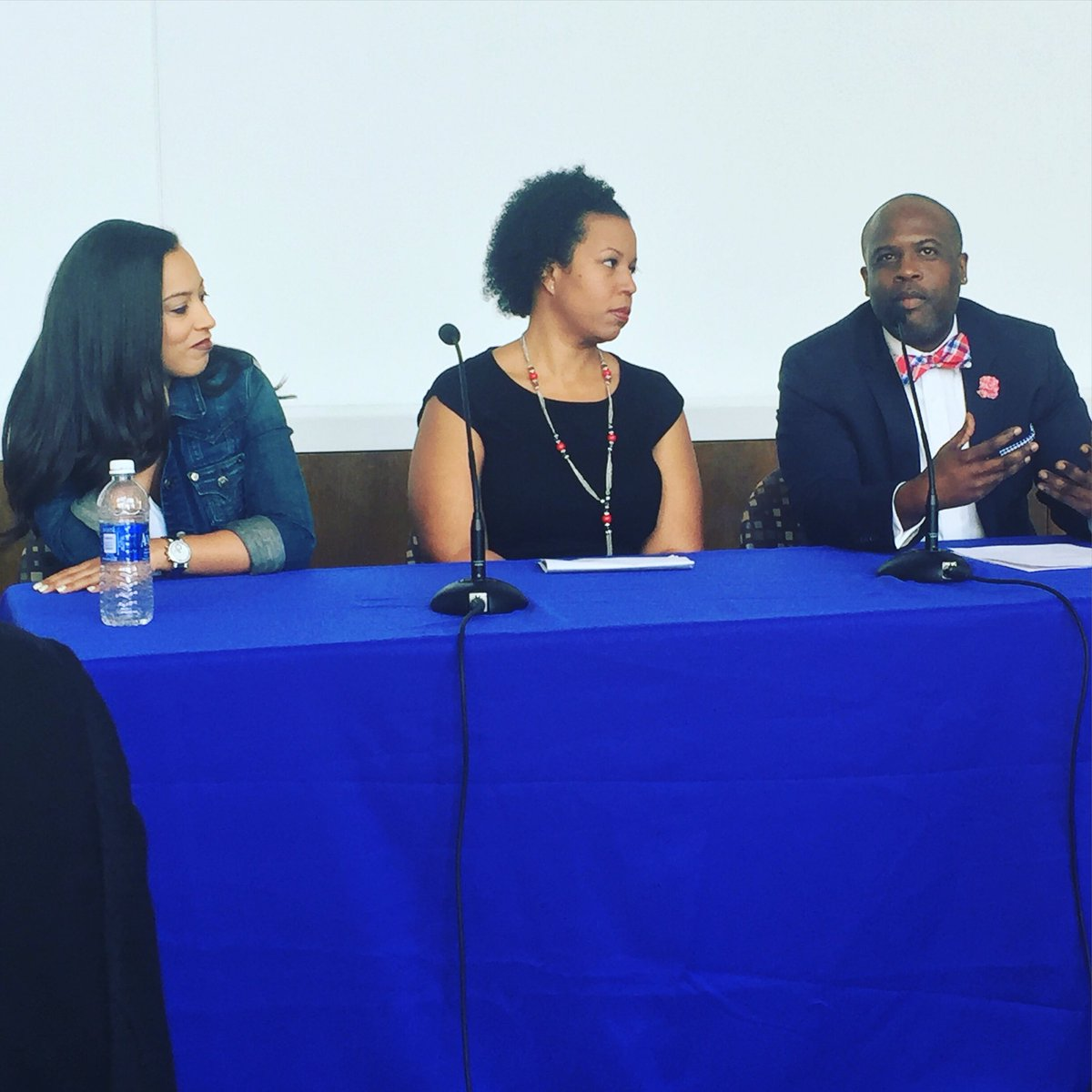 Our panelists @angela_rye @kimberp_a @cunybmi talking real issues and unity in the black community #soybny2016 https://t.co/jiiNocsbzE