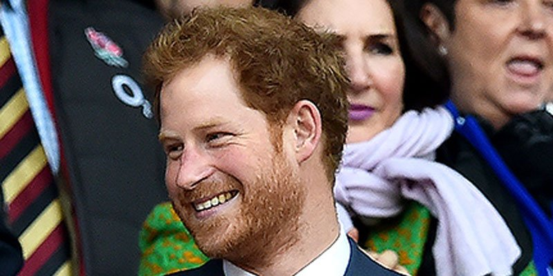 Prince Harry cheers on England in rugby match—with Benedict Cumberbatch! via @PEOPLEroyals