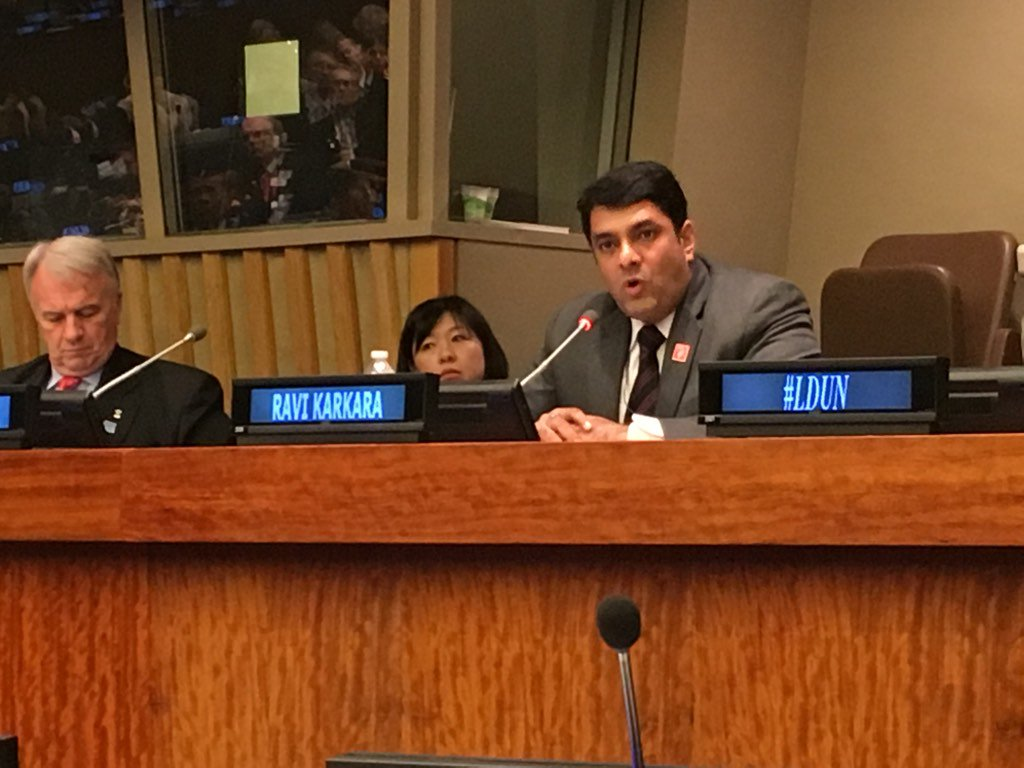 Listening to my friend/mentor @ravikarkara giving an incredible speech on #GenderEquality at the @UN #Planet5050 https://t.co/W93E2aZe2q