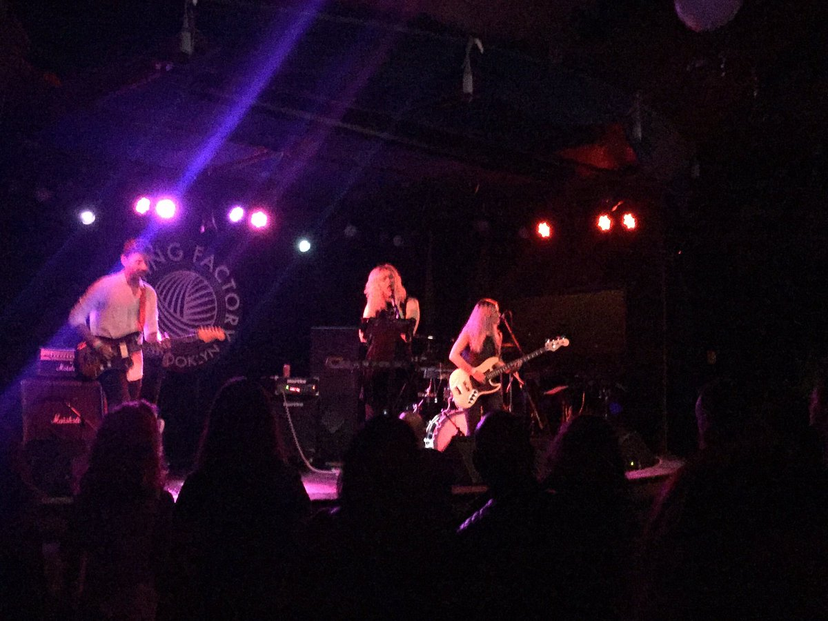 Great night of music at @KnitFactoryBK last night! Thanks again @LANTRNS @promisaband, @phebestarr & @ROZESsounds!
