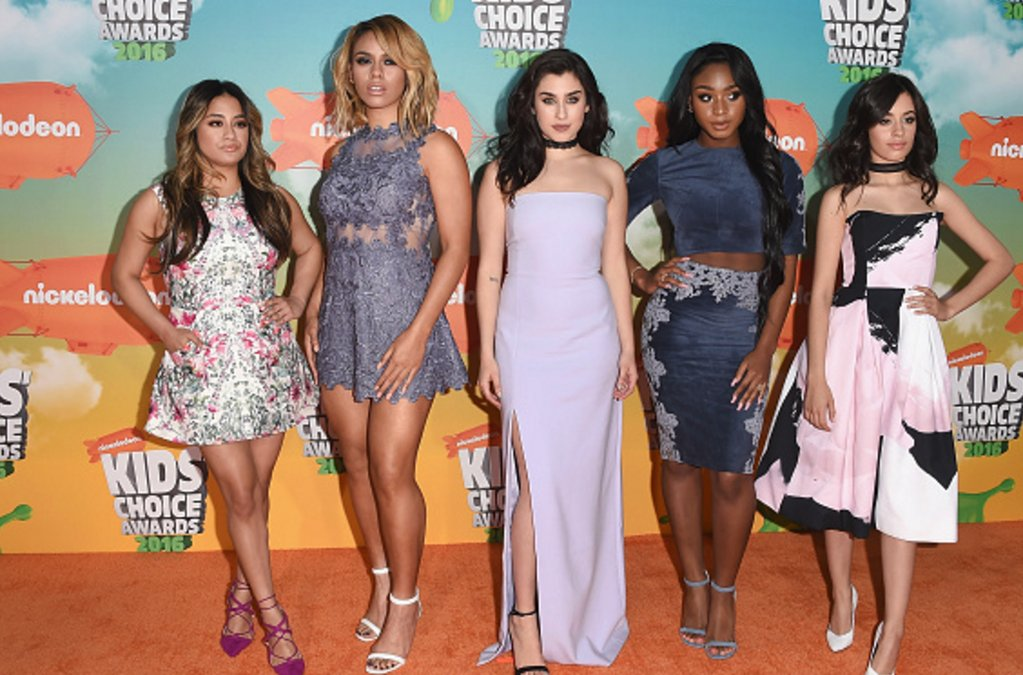 Calling all #HARMONIZERS using #YTVKCALive | our girls @FifthHarmony who JUST got slimed & won Fave Music Group! https://t.co/0AJBey4WuF