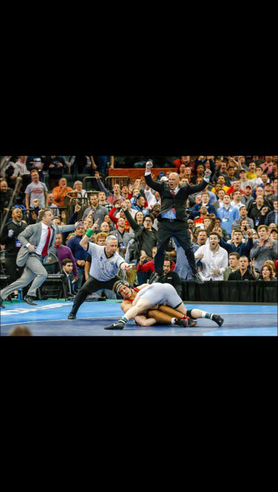 Great image of one of the greatest takedowns of all time.  @Snyder_man45 https://t.co/wW6MR1y72U