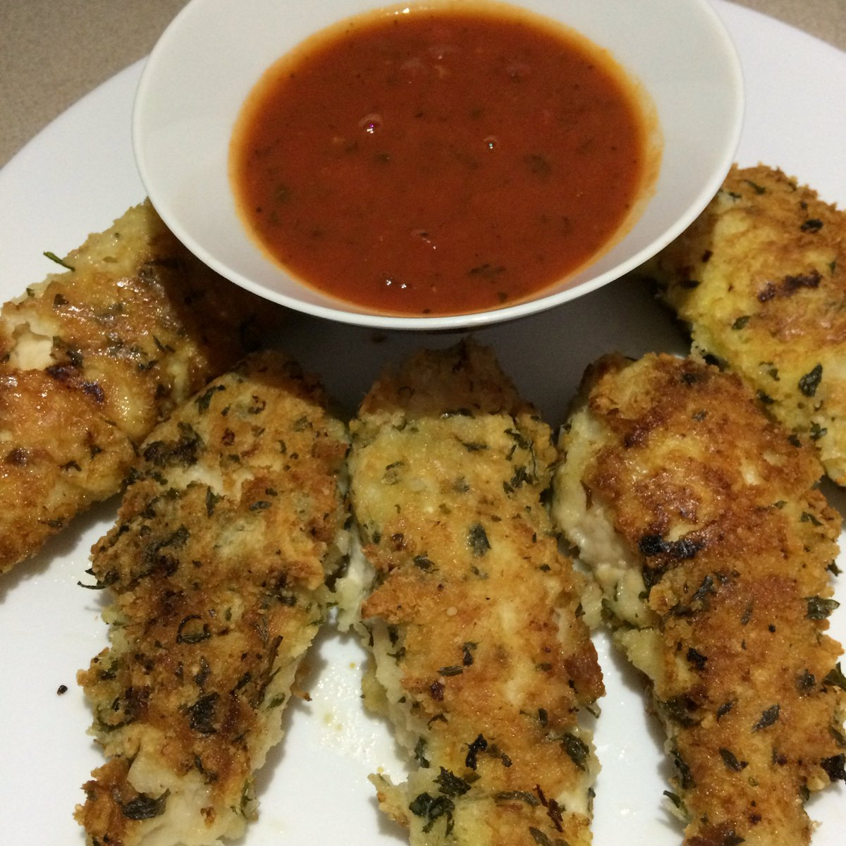 Panko Parmesan Chicken Tenders https://t.co/lBML1k1aVf #recipe https://t.co/fc3cZ7aYj0