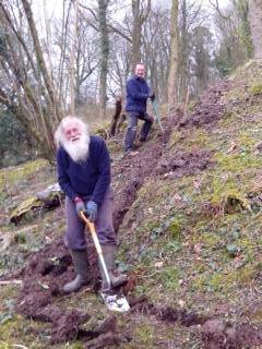 Digging for Victory, bringing hyperfast internet to their village. #digitalbritain #B4RNstormers https://t.co/Le6VITg1l8