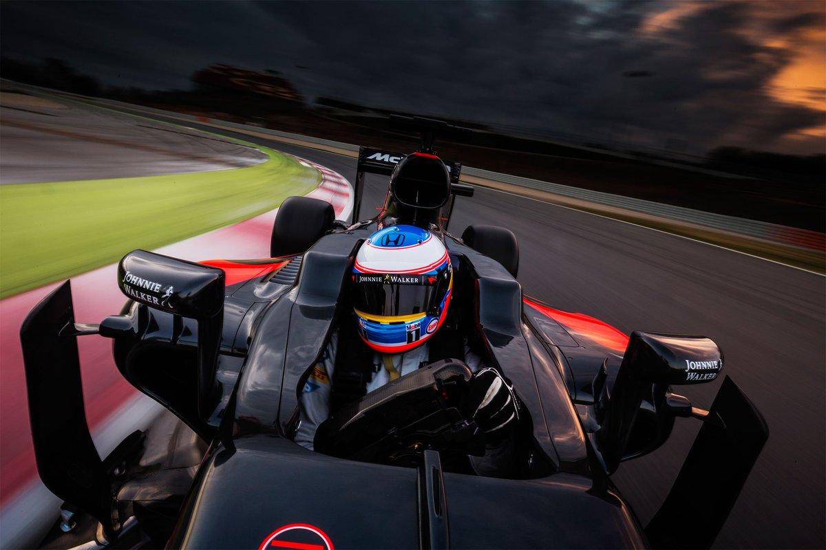 #F1 Fantástica fotografía de un Fernando Alonso, que como siempre dará el máximo a partir del próximo viernes https://t.co/rPgGc18z9m