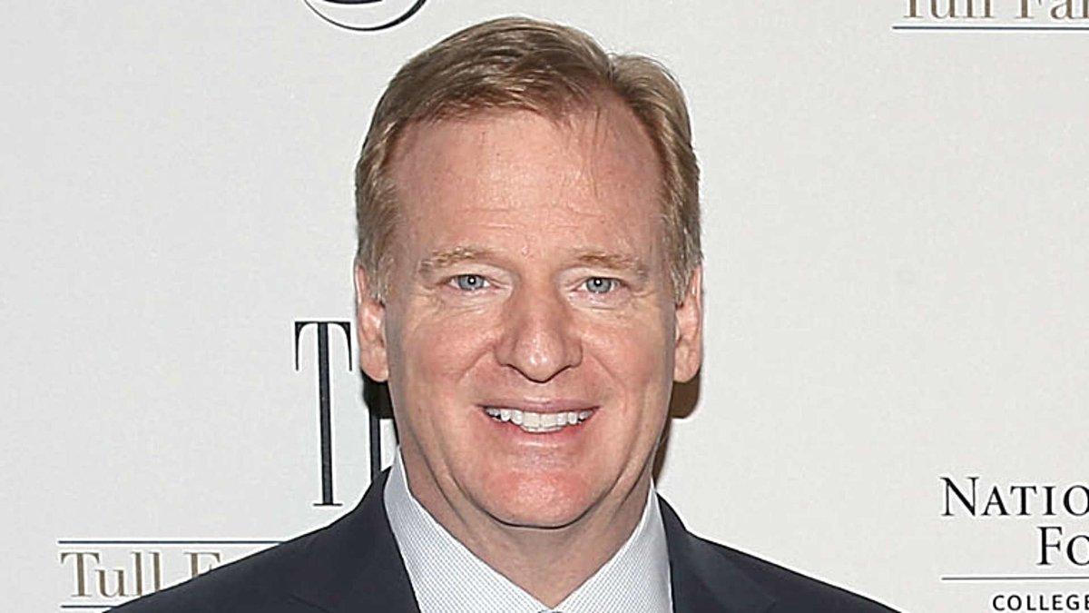 NFL, NFLPA moving toward deal to strip Roger Goodell of discipline authority https://t.co/G0BabW1oUZ https://t.co/toE8JBaCoj
