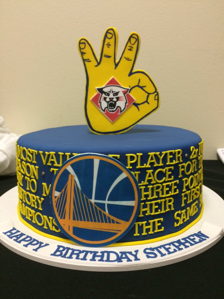 Stephen Currys Birthday Cake In Locker Room Postgame On His 28th
