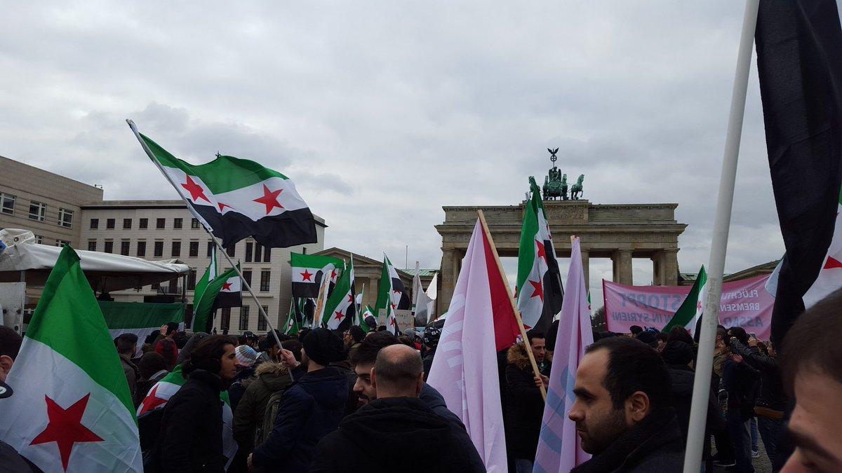 #Berlin now. https://t.co/P8ufE3U11Q