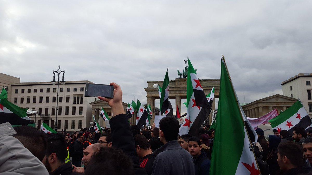 #Berlin now. https://t.co/tcSBPE4iJs