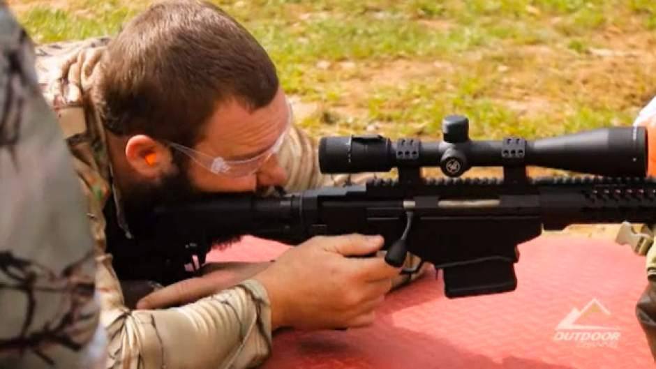 .@steelers QB Ben Roethlisberger gets sniper training on @OUTDChannel program https://t.co/ngsbKjCzUp https://t.co/P3tkrIzZej