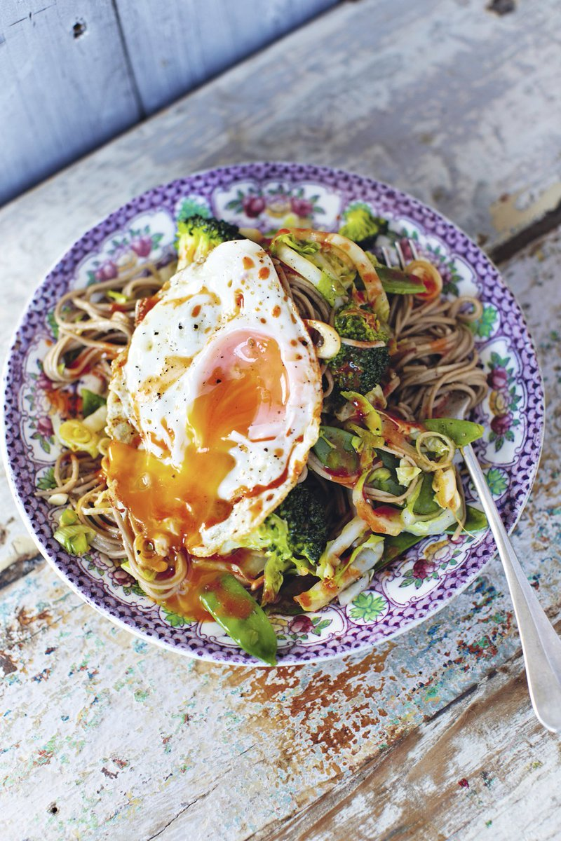 This quick noodle recipe is perfect when you're feeling down in the dumps! https://t.co/XukDJHwkUr #RecipeOfTheDay https://t.co/FOPMMXPN58
