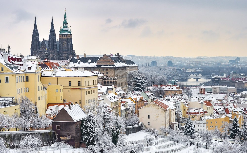 A bit of March snow in #Prague last week. Gorgeous! https://t.co/Yt1s2Mag3a #lp @lonelyplanet #travel  https://t.co/umPSdW2FOu rt @JustaPack