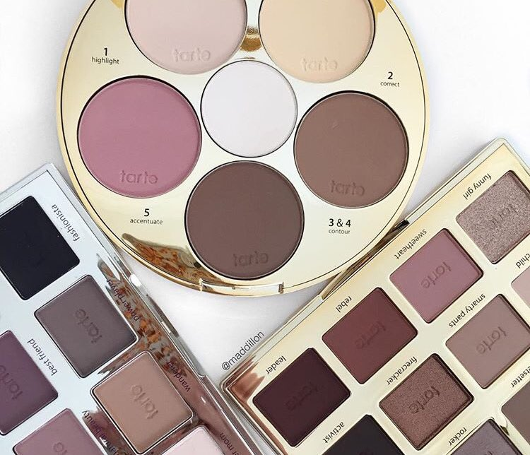 Raise your ✋ if you want ALL the palettes! #tartelette https://t.co/8rRW3paMca