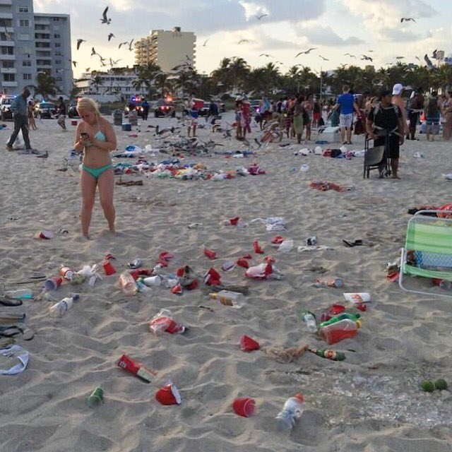 Dear Spring Breakers This beach is not yours. It's not a trashed hotel room someone else will clean #respectthebeach https://t.co/OjPqGXSqNT