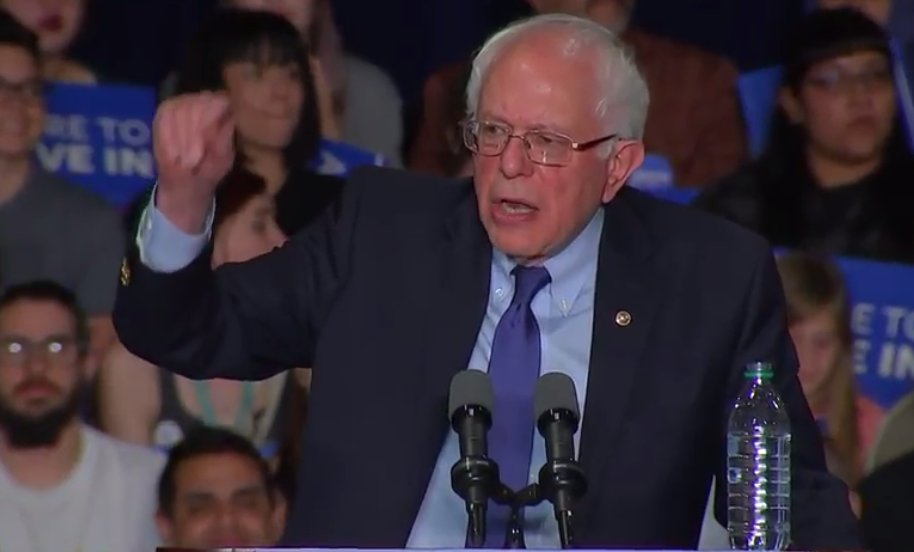 Bernie Sanders is speaking, but both CNN and MSNBC are ignoring him right now. https://t.co/8jglLxxD4s