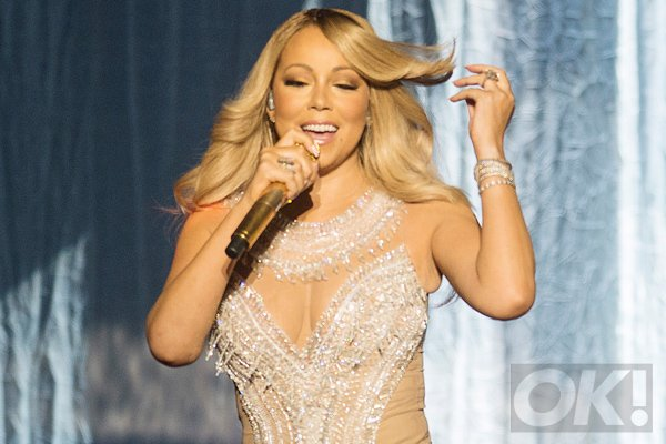 Whoops! Mariah Carey suffers awkward wardrobe malfunction on stage: