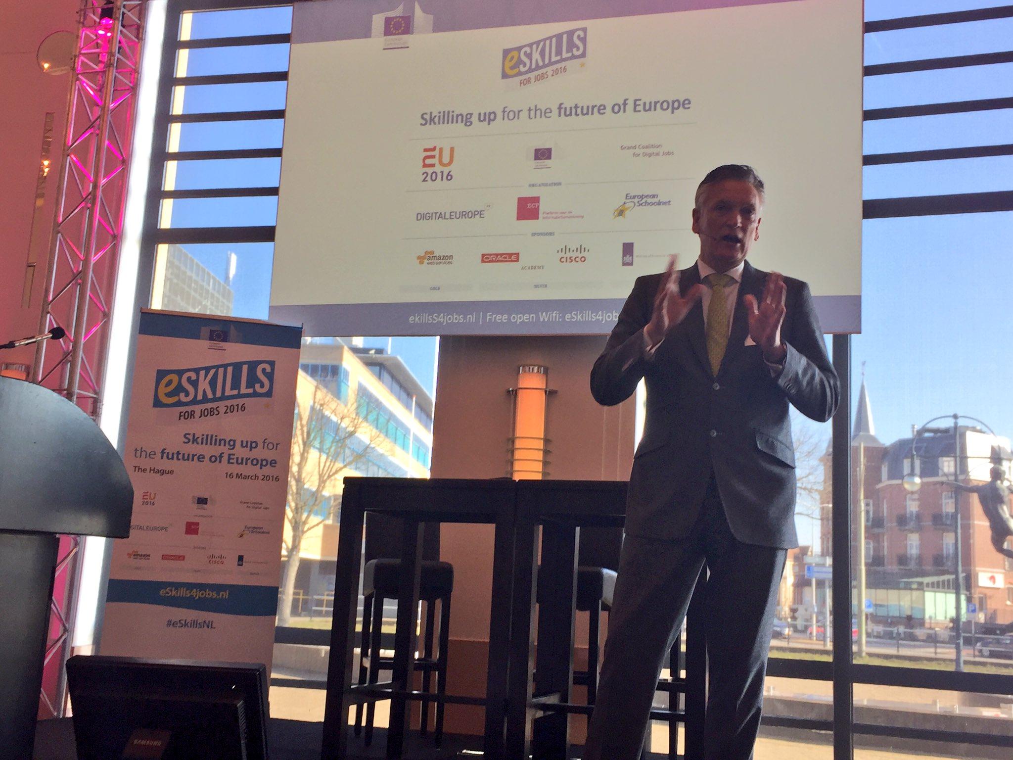 ".@harryvandorenma promotes ""framework for #success to close the #Digitalskills gap in Europe"" at #eSkillsNL https://t.co/9Uc9fHZCAc"