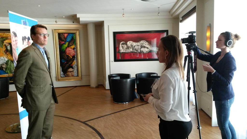 Recording a video message of Prince Constantijn during the #eSkillsNL conference https://t.co/m87ONxxIAw